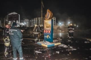 Под Киевом эпично сгорела заправка