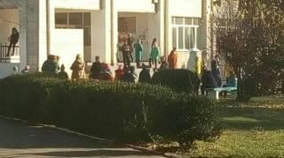 В школе под Киевом подросток распылил перцовый газ. 9 человек забрала «скорая»
