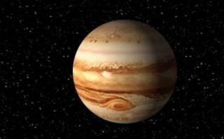 В NASA показали очень странные облака возле Юпитера
