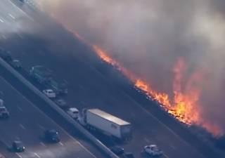 Гигантский пожар в Калифорнии: число жертв растет, у многих голливудских звезд сгорели особняки