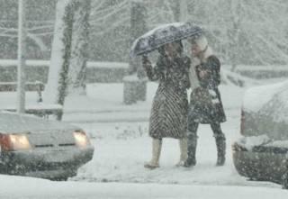 Синоптики заявили, что снег в Киеве будет валить еще несколько дней