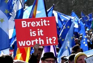 Соглашение о Brexit обвалило фунт стерлингов