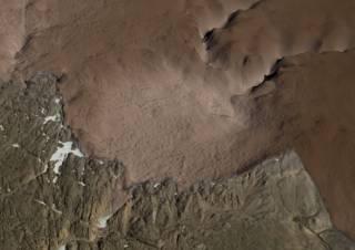 Исследователи нашли под Гренландией гигантский кратер от астероида
