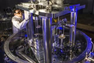 Ученые изменили эталон килограмма впервые за 130 лет