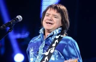 В Москве похоронили певца Евгения Осина: видео