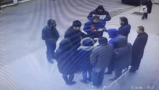 В Бердянске УПЦ пикетировали «сторонники автокефалии», не понимающие, что они делают