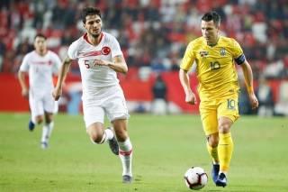 Сборная Украины по футболу не сумела обыграть на выезде Турцию