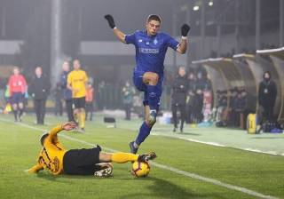 «Динамо» опустилось на третье место в УПЛ, проиграв прямому конкуренту за «серебро»