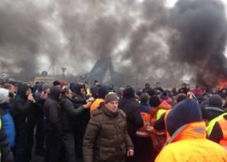 На границе с Польшей «евробляхеры» устроили массовую драку