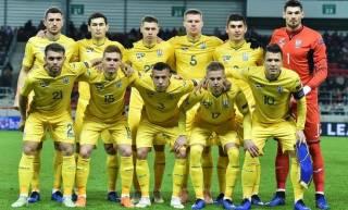 Последние неудачи опустили сборную Украины по футболу в рейтинге ФИФА