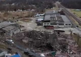Торнадо буквально «стер» один из американских городков: жуткие кадры
