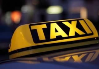 Столичные таксисты не стесняются выходить на маршрут под кайфом