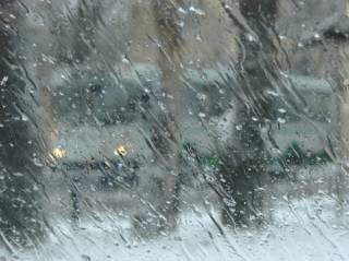 В Украине немного потеплеет, пойдут проливные дожди и мокрый снег