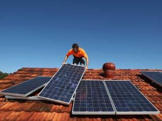 Нужно ли украинцам переходить на солнечные батареи?