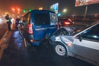 В Киеве пьяный водитель устроил грандиозное ДТП
