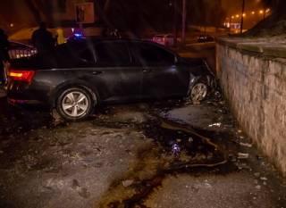 В Днепре голый водитель устроил гонки с полицией и пытался застрелиться