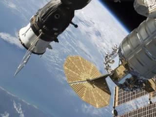 Стало известно, чем космонавты заткнули дыру в корпусе космического корабля «Союз»