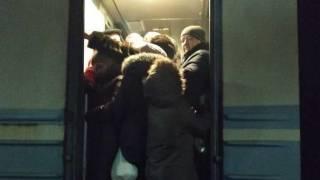 Местный депутат попытался поставить на место пьяных гопников в электричке и не смог доехать до Фастова