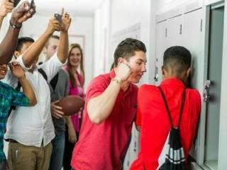 Депутаты решили положить конец школьному «буллингу». Теперь юным «авторитетам» придется несладко