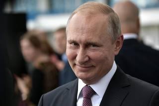 Путин рассказал, что будет с пленными украинскими моряками, измерил рейтинг Порошенко и пообещал «помогать Донбассу»