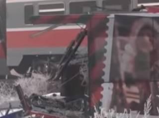 В Сербии поезд протаранил школьный автобус – есть погибшие