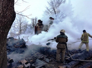 На Житомирщине, неосторожно покурив, сгорели два человека