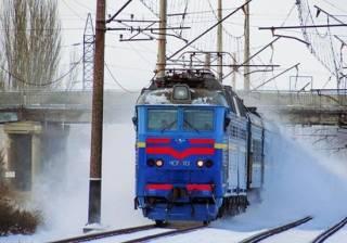 На новогодние праздники по Украине запустят три десятка дополнительных поездов: список