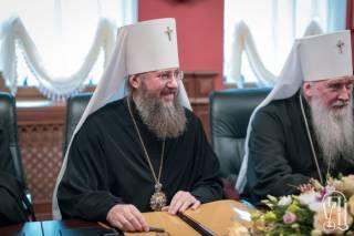 Несмотря на вредительство властей, количество приходов, священников и монахов УПЦ растет с каждым годом