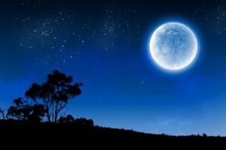 Ученые назвали главную угрозу для жизни на Луне