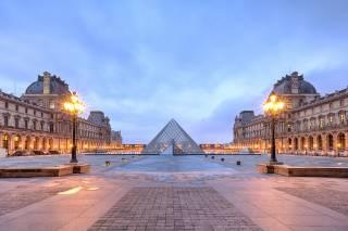 Лувр в Париже установил впечатляющий рекорд посещаемости