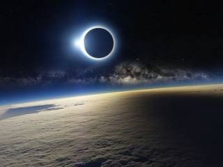 Ученые рассказали, как пережить надвигающийся на Землю «коридор затмений»