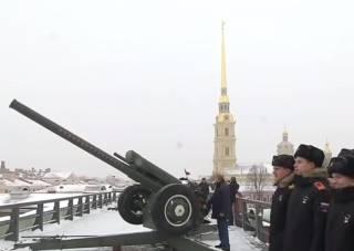 Путин рассказал, как был лейтенантом-артиллеристом