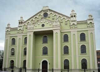 На Львовщине совершен дерзкий налет на синагогу, которую восстанавливали на деньги российского олигарха