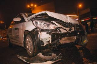 В Киеве произошло очередное ДТП с участием такси Uber