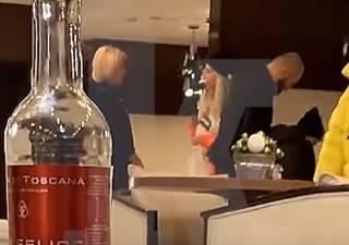Известная украинская певица устроила скандал в московском аэропорту