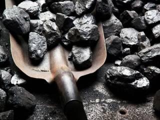 На фоне морозов в Украине резко сократились запасы угля