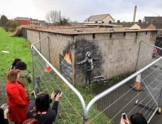 Уэльский рабочий продал граффити Бэнкси на своем гараже за гигантские деньги
