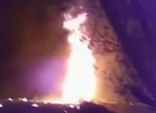 Гигантский взрыв на трубопроводе в Мексике унес десятки жизней местных воришек