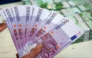 Украину наводнили качественные подделки банкнот в 500 евро