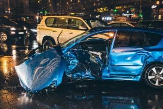 В центре Киева в аварию попали сразу пять машин: появилось видео столкновения
