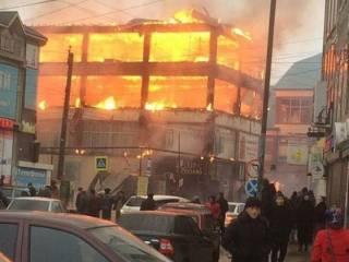 В России за одно утро сгорело сразу два торгово-развлекательных центра