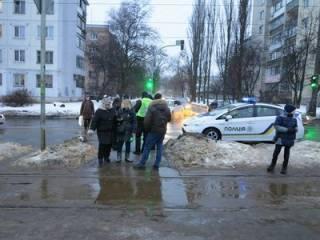 В Киеве дерзкие «полицейские» похитили двух девушек