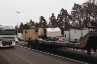 Под Киевом военный грузовик попал в ДТП