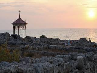 В Крыму благоустроят территорию купели, где по преданию, крестился князь Владимир