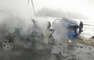 Шесть человек погибли в жутком ДТП недалеко от КПВВ Марьинка