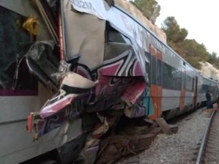 В Испании «лоб в лоб» столкнулись скоростные поезда