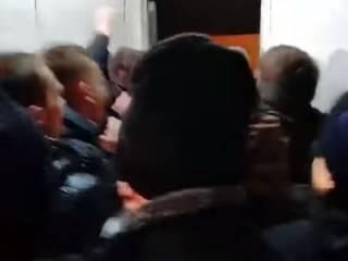 Штурм райуправления полиции в Киеве показали с нового ракурса