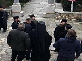 Игумен афонского монастыря закрыл ворота перед делегацией ПЦУ