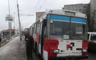 В Тернополе пассажиры натравили патрульных на пьяного водителя троллейбуса
