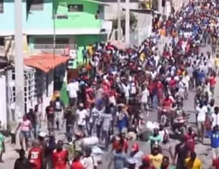 Антипрезидентские протесты на Гаити: сообщается о первых жертвах